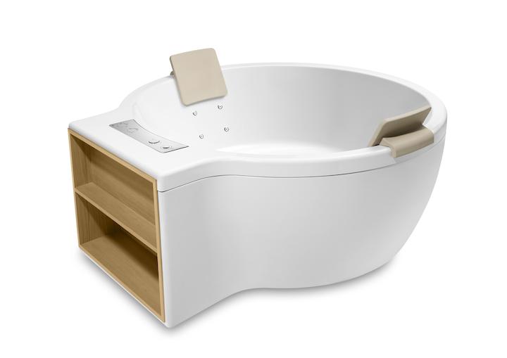 Circular Freestanding- acrylic bath with Total Premium hydromassage